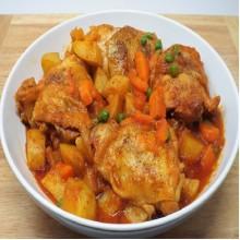 Afritadang Manok [With Rice + Soup]